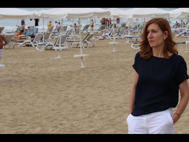 Госпожо Министър, плажовете блестят от чистота
