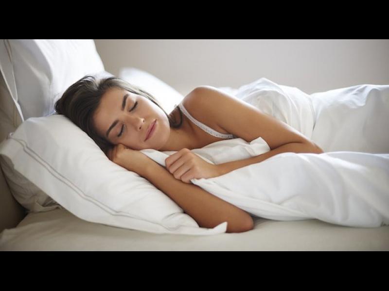 10 съвета за спокоен сън в летните горещини