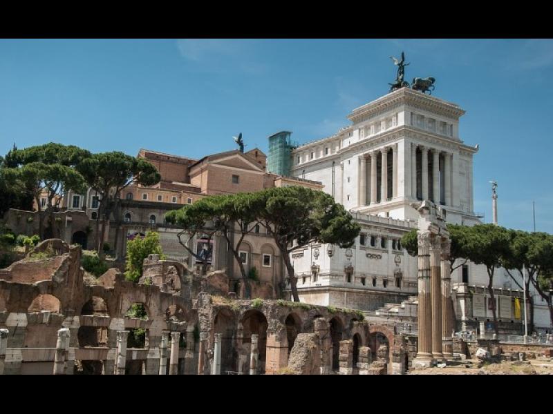 Резервирали сте си евтини билети за Рим? Ето какво да не правите там