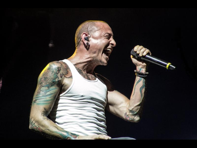 Вокалистът на Linkin Park се самоуби