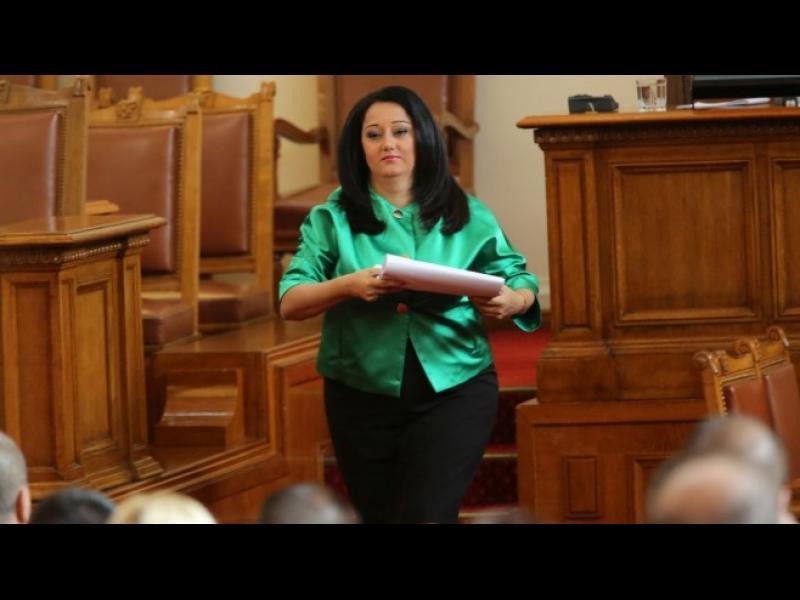 Ще подаде ли оставка Лиляна Павлова?