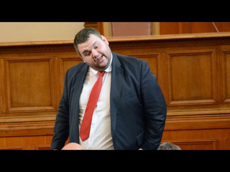 Пеевски е невинен, Колтуклиева е виновна!*