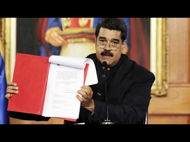 Мадуро се подигра със САЩ: Каква страхотна демокрация сте!