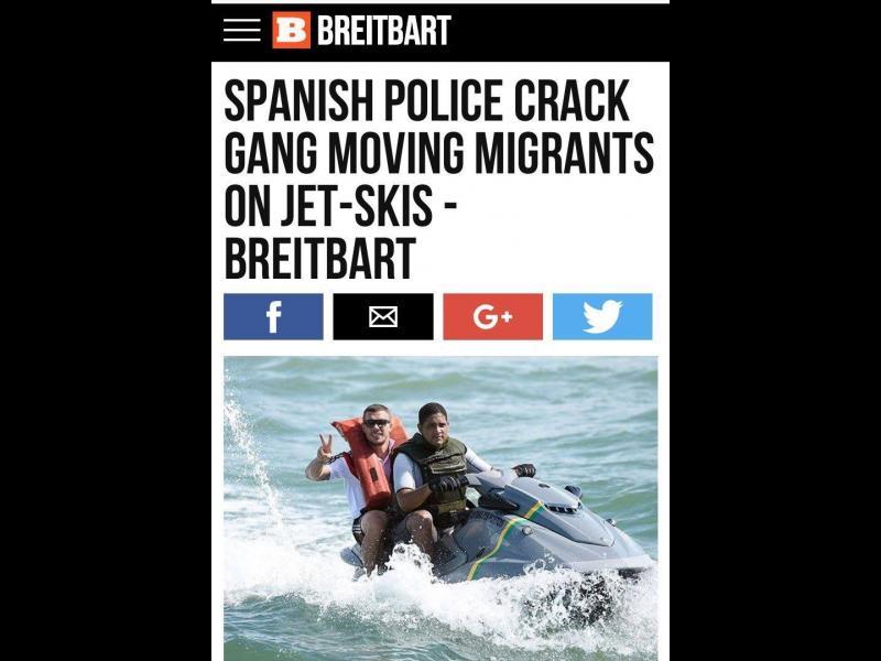 Лукас Подолски съди сайт, набъркал го в трафик на бежанци