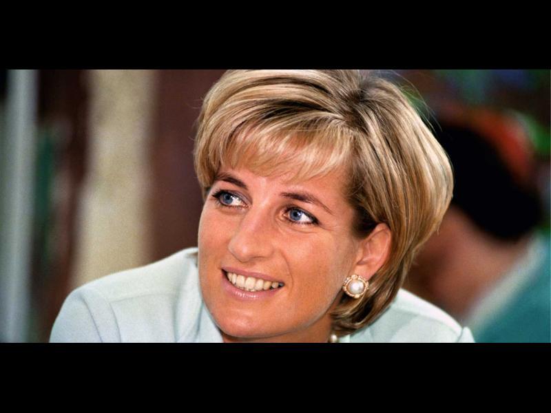 20 години след смъртта си принцеса Даяна отново е в центъра на вниманието