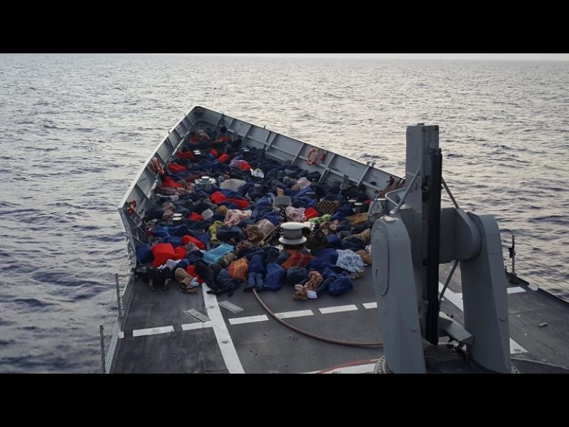 Испания спаси 600 мигранти за ден