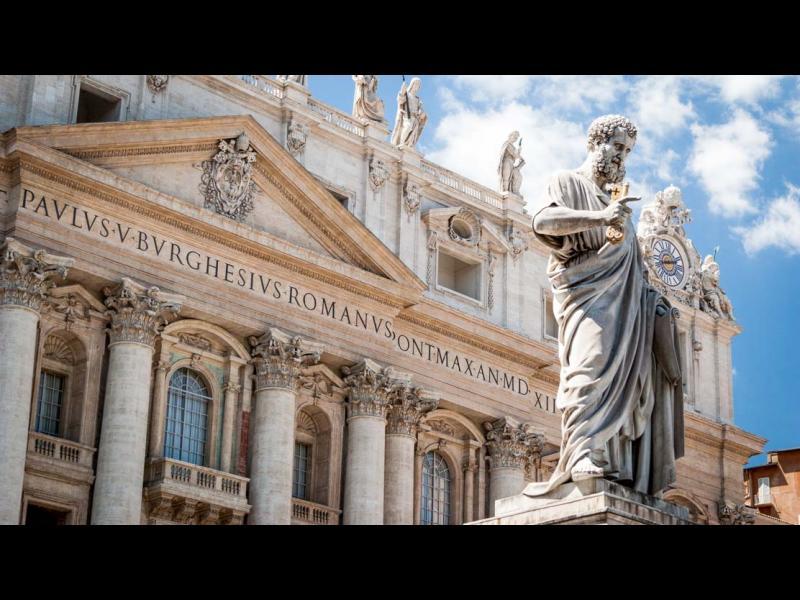 Автобус с туристи катастрофира в Рим