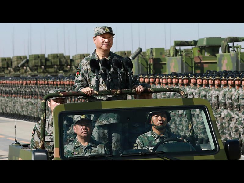 Китай демонстрира най-новите си армейски разработки