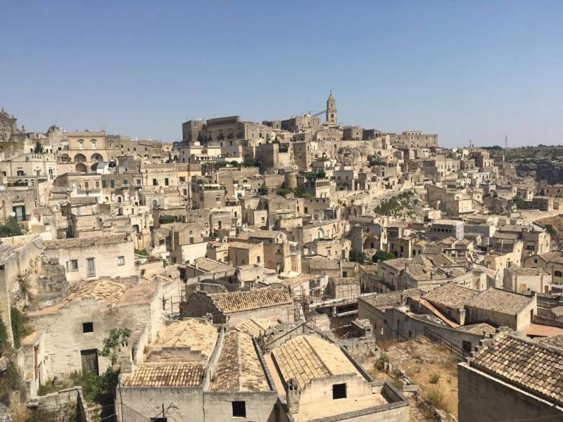 """Матера - от """"национален срам за Италия"""" до любима дестинация на режисьори и пътешественици - картинка 1"""