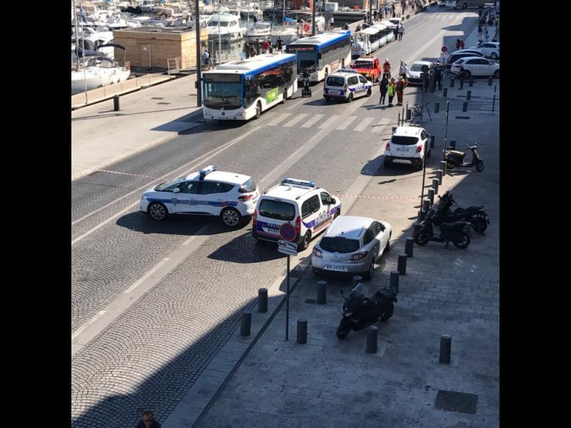 Терористичен акт: Кола помете хора в Марсилия, има жертва /ВИДЕО/ - картинка 2