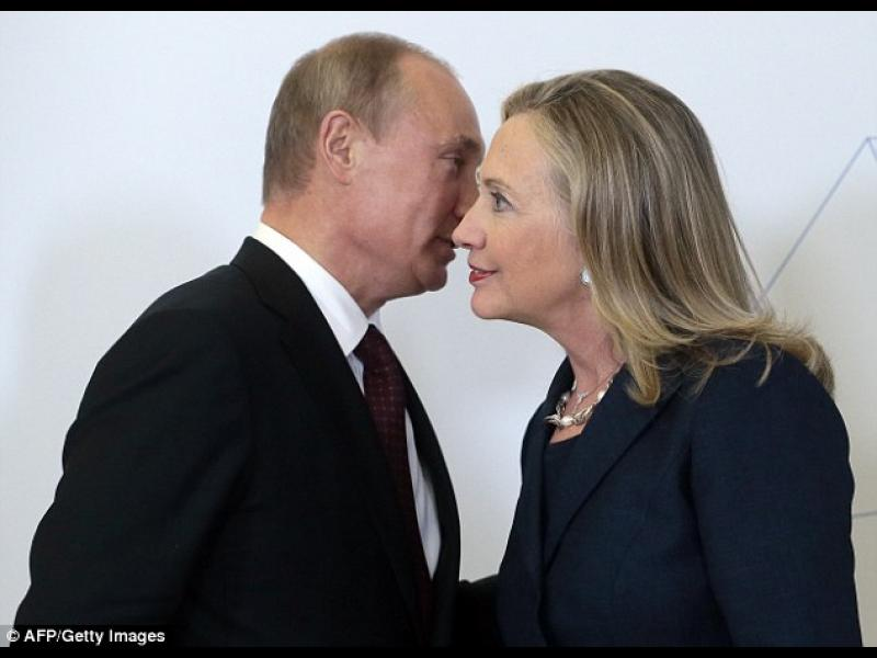 Хилъри Клинтън: Путин е бял ксенофобски мачо