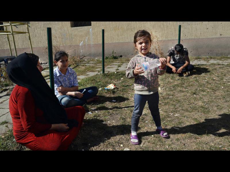 Правителството въведе ограничения в придвижването на мигрантите