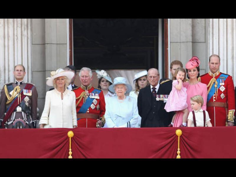 Правила на етикета, които следват в кралското семейство
