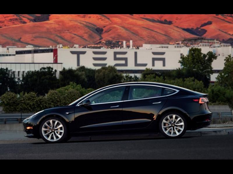 Morgan Stanley прогнозира скромен ръст на продажбите на Tesla - картинка 1