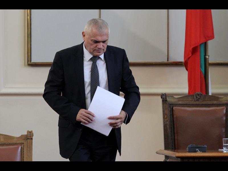 Вътрешният министър за отвлечения Адриан: Не знаем да е искан откуп, намерените долари са фалшиви