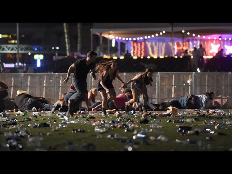50 убити и най-малко 200 ранени при стрелба в Лас Вегас - ОБНОВЕНА(ВИДЕО)
