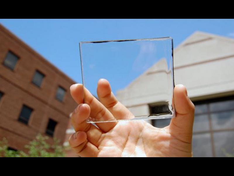 Прозрачни фотоволтаици събират слънчева енергия от прозорците (видео)