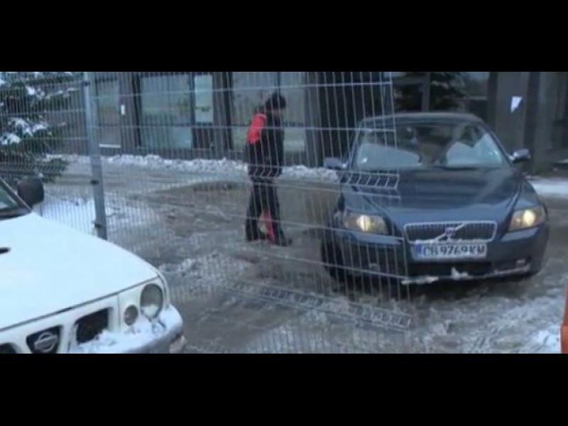 """""""Витоша ски"""" блокира достъпа на 2000 души до затворен комплекс заради неуредени сметки"""