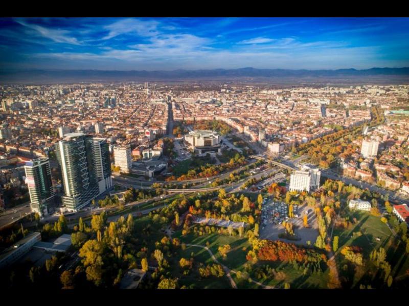 ИПИ: Най-богатата област в България е София
