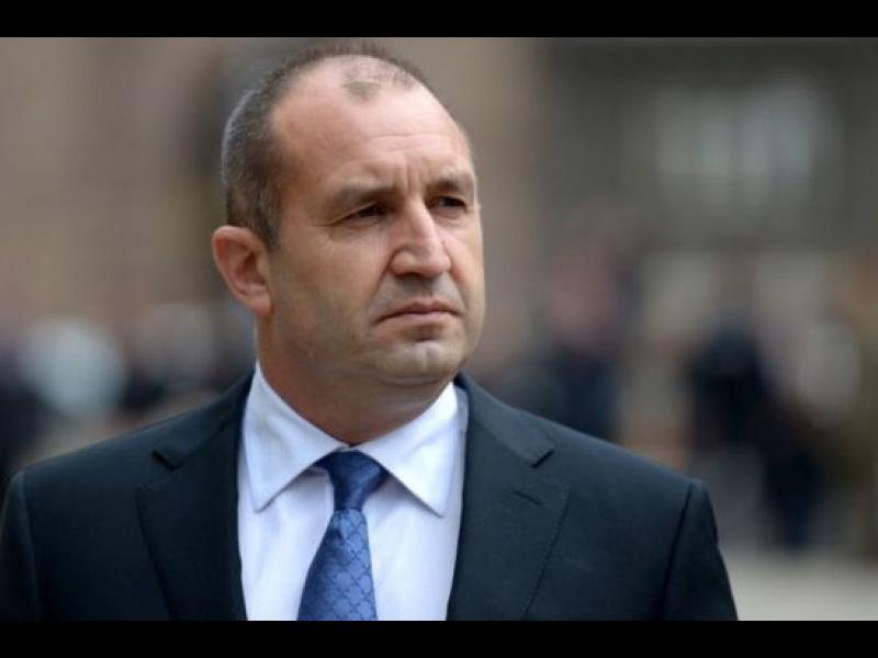 Президентът за доклада на ЕК: Противоречив и витиеват
