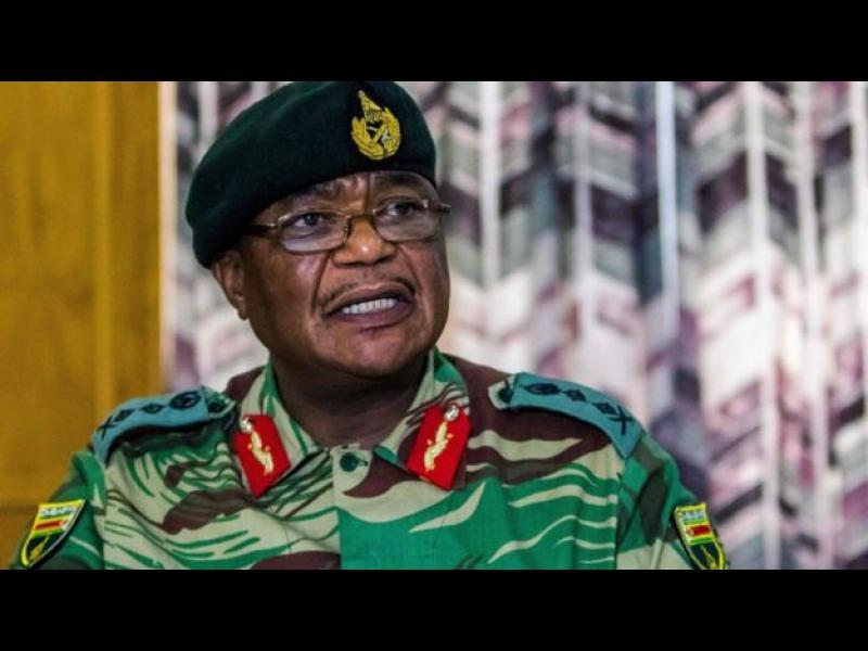Военните превзеха властта в Зимбабве: стрелба и експлозии в столицата