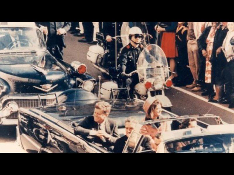 САЩ разсекретиха нови 676 документи, свързани с покушението срещу Кенеди