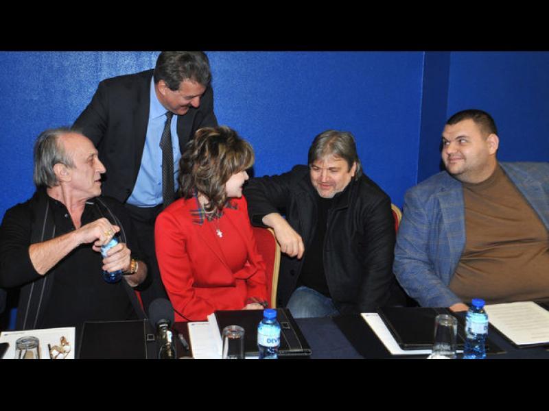 France International: В България доминира корупцията и тайните споразумения между медии, политици и олигарси - картинка 1