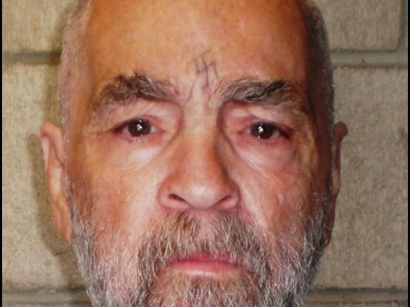 Серийният убиец Чарлз Менсън почина на 83-годишна възраст