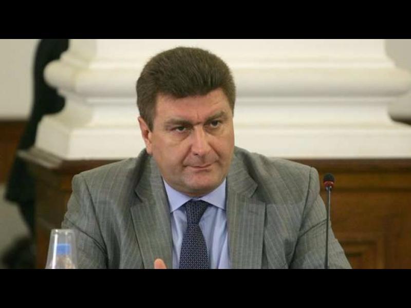 Валентин Златев: Внасял ли е Марешки в хазната повече от 20 лв.?