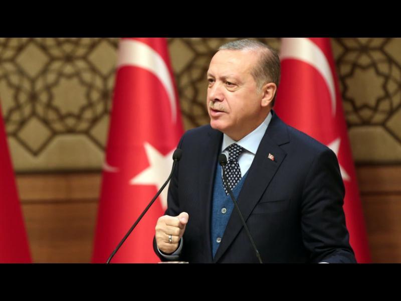 Ердоган обяви всички бизнесмени, изнасящи капитали в чужбина, за предатели