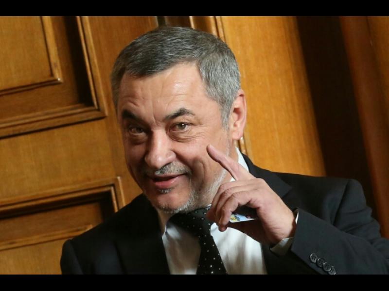 Валери Симеонов в пристъп на гняв: ГЕРБ и ДПС пак ни извъртяха