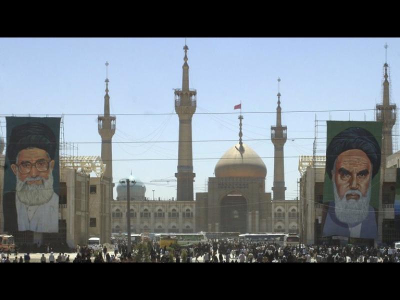 Иран - как религиозни протести преляха във всенародни демонстрации