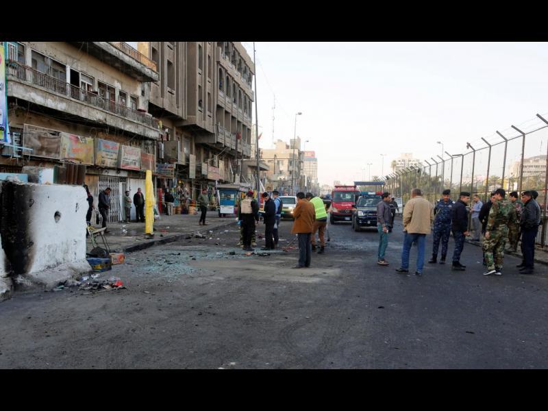 Десетки убити и ранени при самоубийствени атентати в Багдад