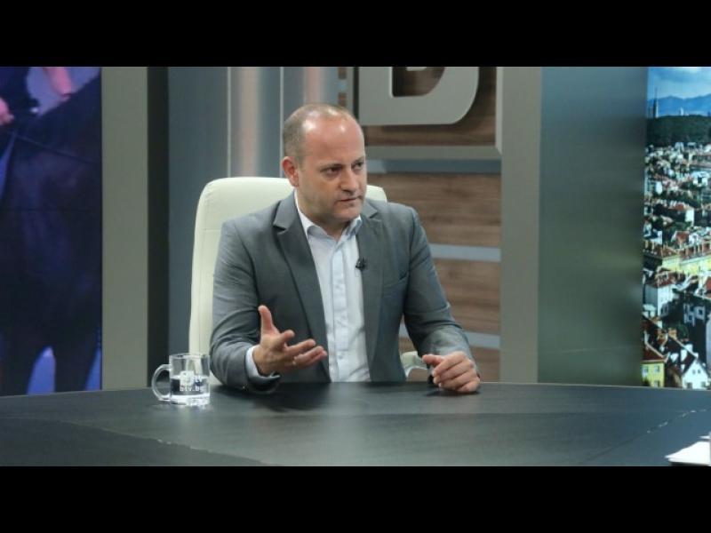 Радан Кънев: Бойко Борисов сам се постави в положението всичко да зависи от него