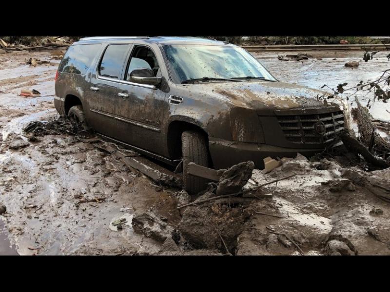 Най-малко 13 загинали от кални свлачища в Калифорния - картинка 1