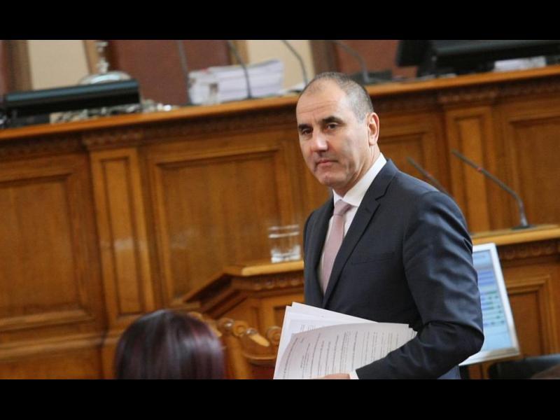 Парламентът отхвърли ветото на президента върху антикорупционния закон - картинка 1