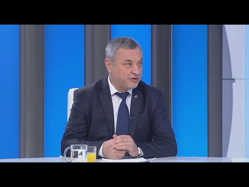 Валери Симеонов искал да изчисти скърцането в коалицията