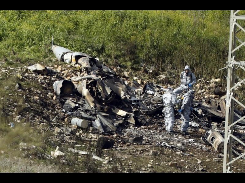 Израелската авиация бомбардира ирански цели в Сирия след като израелски F16 беше свален