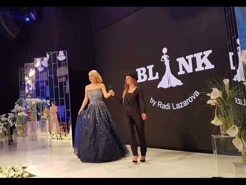 Бурни аплодисменти за младата дизайнерка Ради Лазарова на Sofia Fashion Week