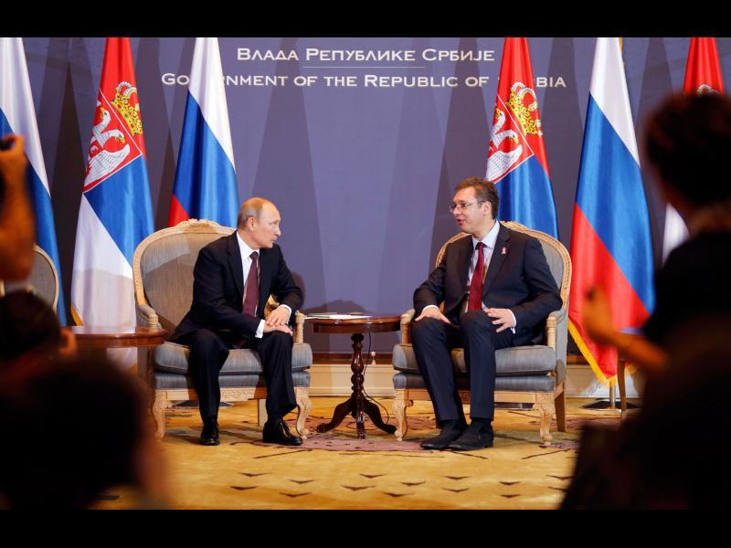 Москва: Ако пратим самолети в Косово, да не би България да ги свали