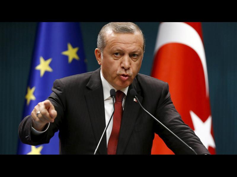 Ердоган преди срещата с ЕС във Варна: Стига сте отлагали - дайте ни бежанците парите веднага