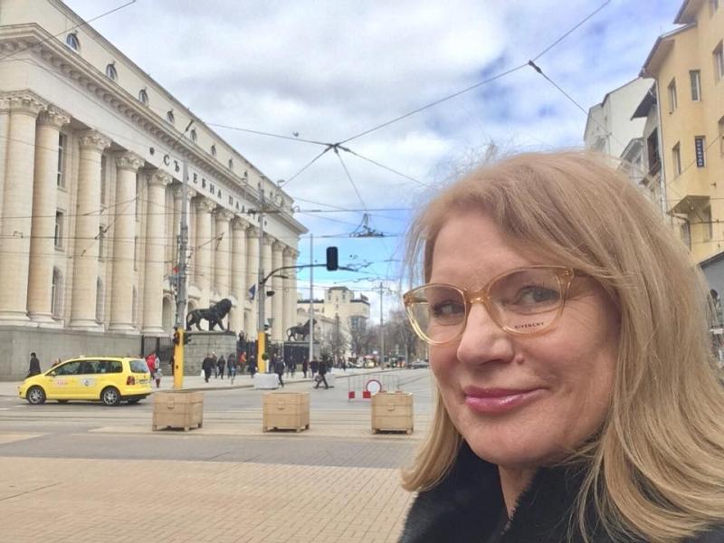 Поредната касиерка на КТБ не е чувала за пари, давани на Соня Колтуклиева - картинка 1