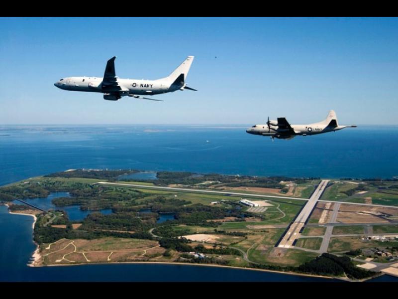 """Седем разузнавателни самолета на САЩ """"слухтят"""" край руските бази в Сирия - картинка 1"""