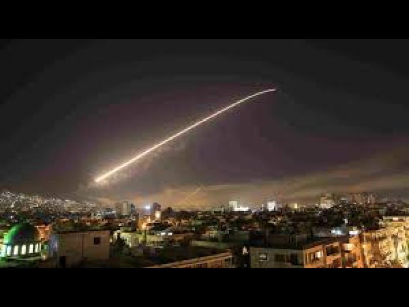 САЩ, Франция и Великобритания извършиха въздушни удари срещу Сирия - картинка 1