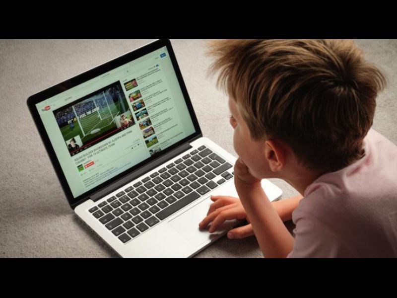 YouTube събирала данни за деца незаконно