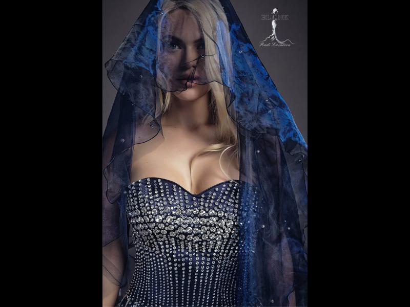 Бляскава фотосесия засне Мис България Вероника Стефанова