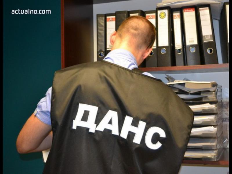 ДАНС внедрява тайни агенти в частни фирми?