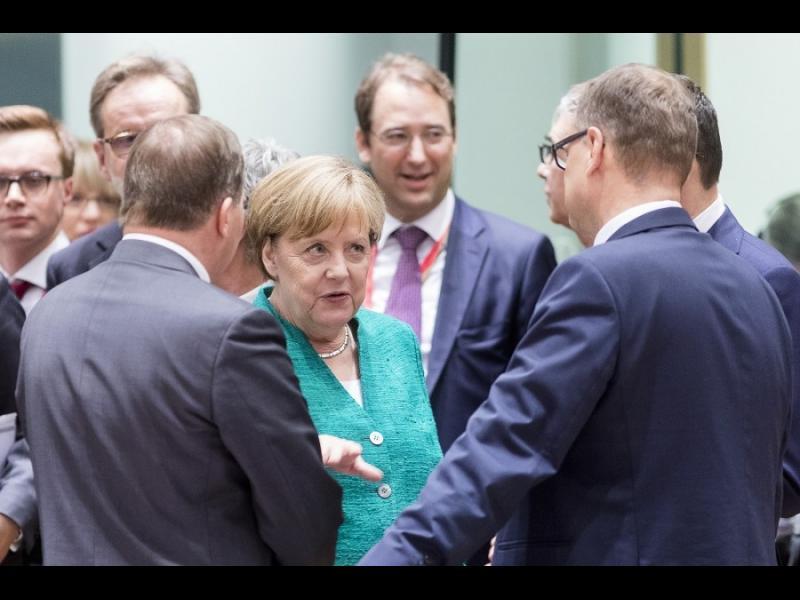 След цяла нощ преговори: В Европа имаме сделка за мигрантите