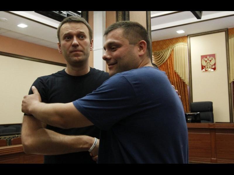 Съратник на Навални почина на 43 г.
