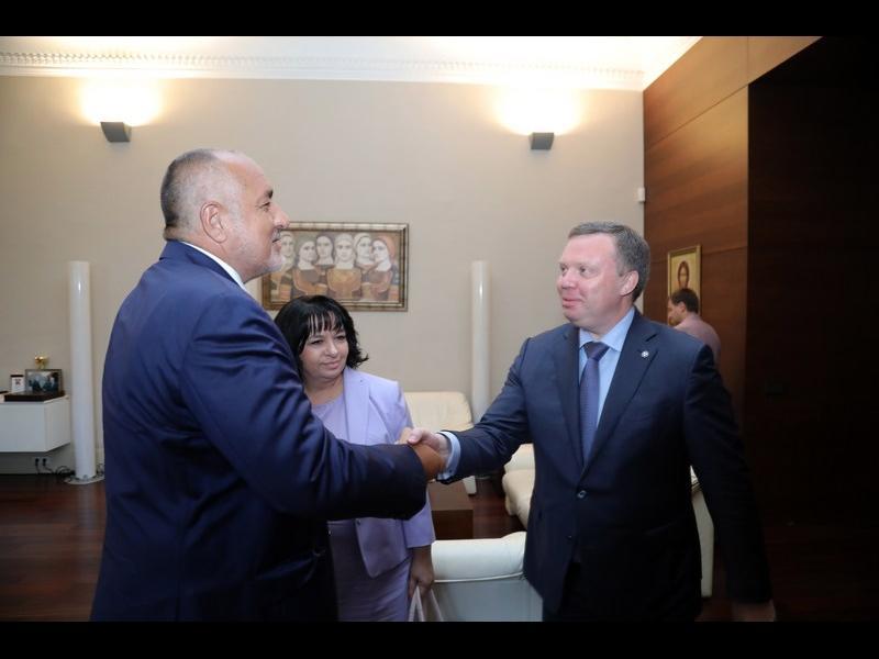 """Борисов и шеф от """"Росатом"""" си говорят за бъдещето на мирния атом"""